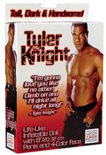 Réplica hinchable del miembro de Tyler Knight